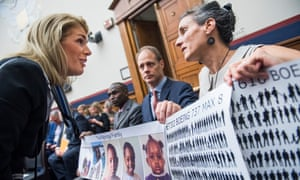 Sara Nelson talks to family members of victims of 737 Max crashes before a House subcommittee hearing in Washington DC, on 17 July.