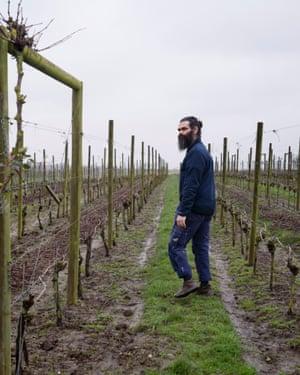 Murre Sofrakis at Flädie vineyard, near Mälmo