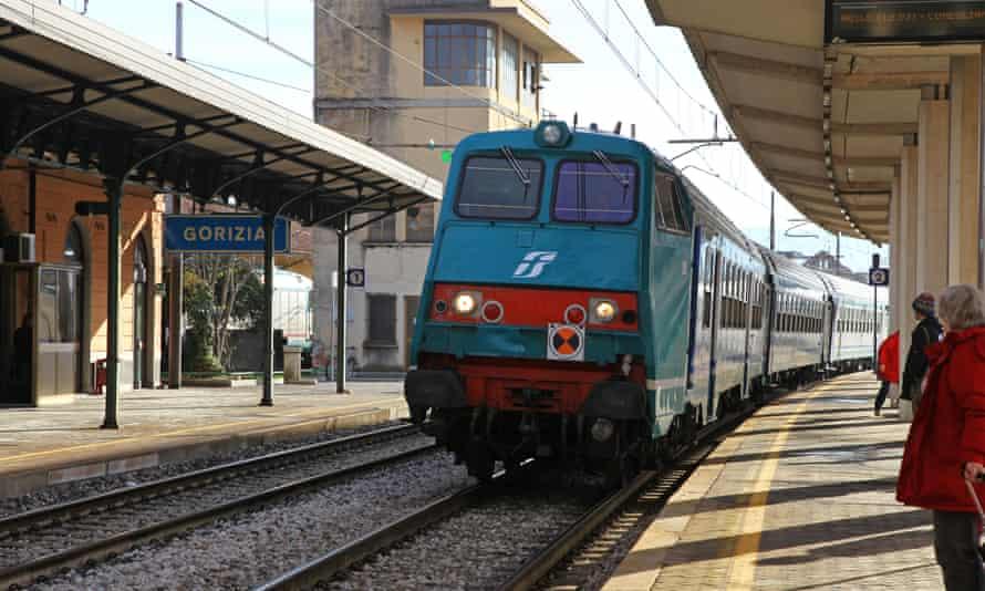 Gorizia railway station Italy on the Slovenian borderD65X52 Gorizia railway station Italy on the Slovenian border