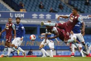 Konsa scores the opener for Villa.
