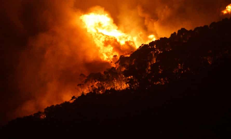 The WA Department of Fire and Emergency Services says spot fires are starting up to 100 metres ahead of the blaze and burning embers are likely to be blown around homes.