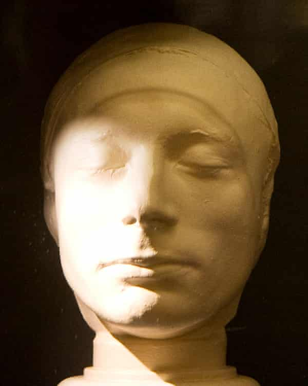 Keats's life mask, in the Scottish National Portrait Gallery.