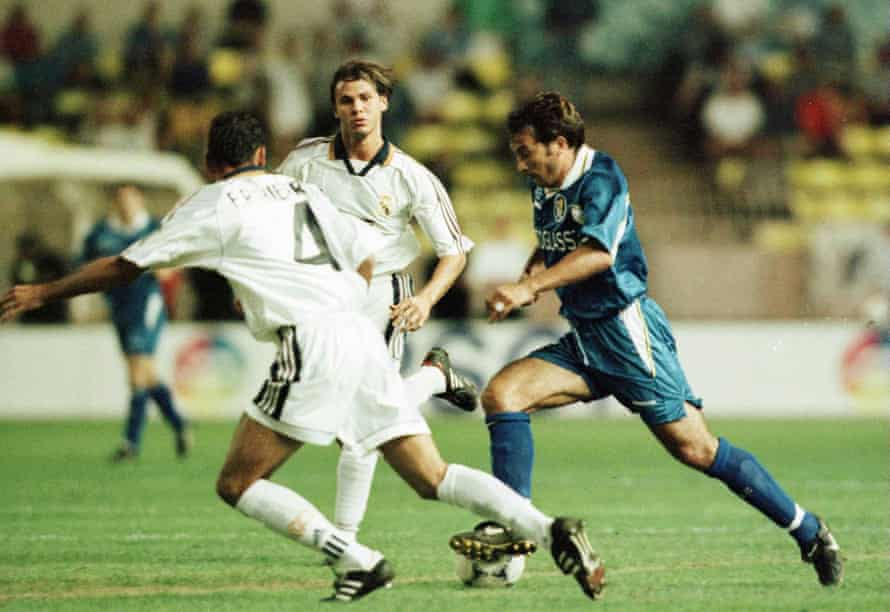 Pierluigi Casiraghi on the ball for Chelsea against Real Madrid in the 1998 Uefa Super Cup.