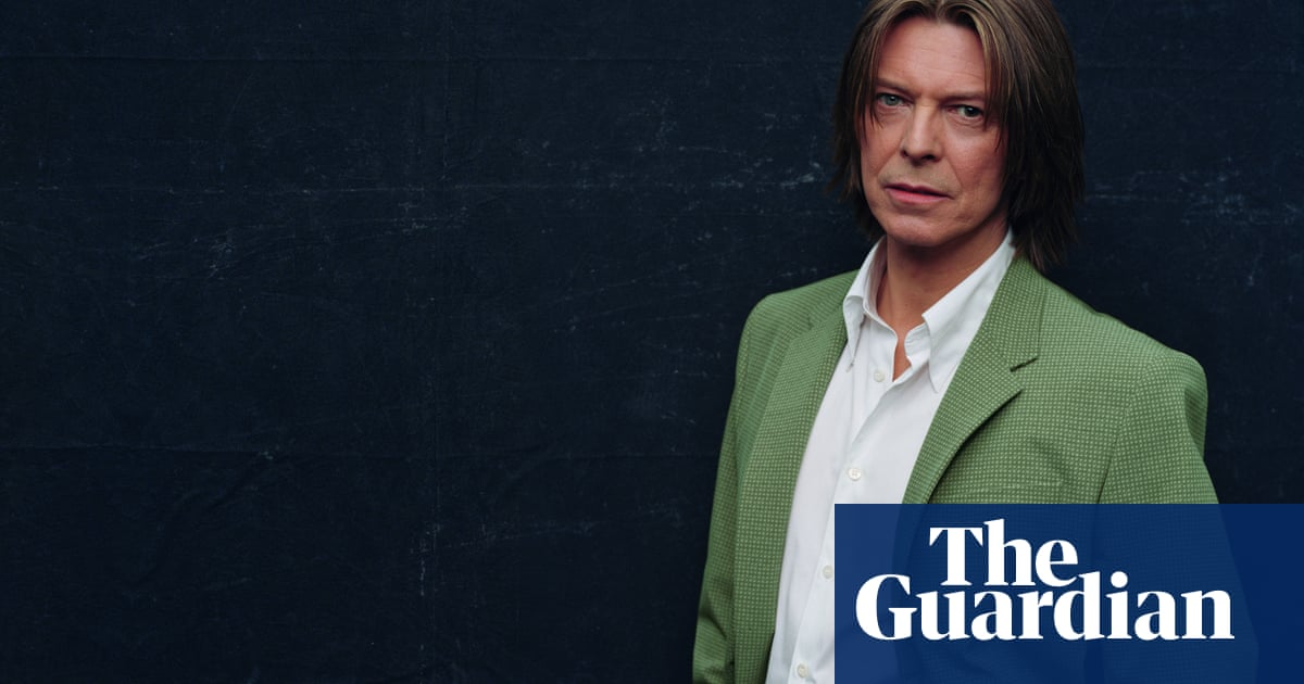 David Bowie: unreleased 2001 album Toy to get official issue