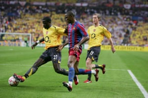 Emmanuel Eboué in action during the 2006 Champions League final.