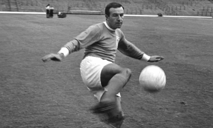 Jimmy Armfield playing for Blackpool during the 1967-68 season.
