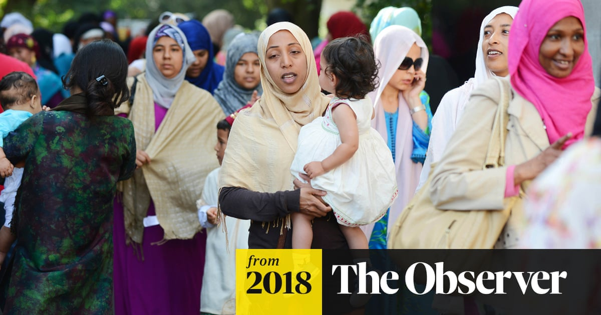 Muslim women call for more equality in running UK mosques