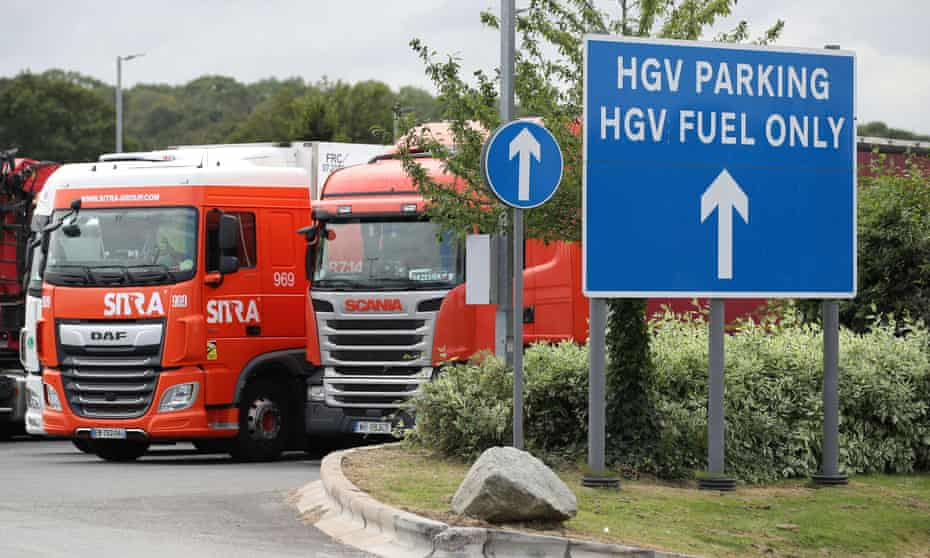 HGV sign and parked lorry