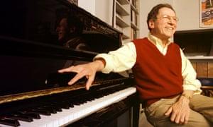 Tom Lehrer at home in Santa Cruz, 2000.