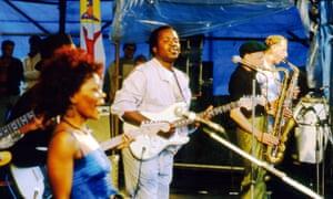 Mose Fan Fan performing on stage