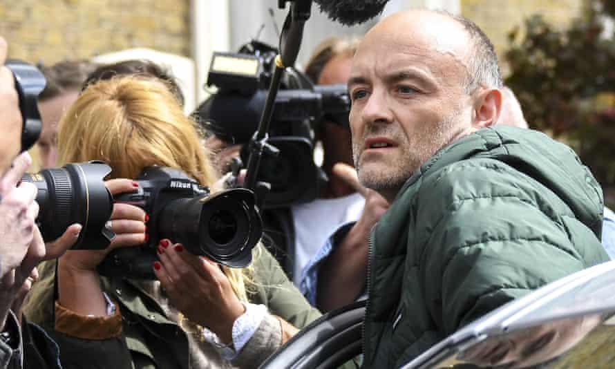 Dominic Cummings and press photographers