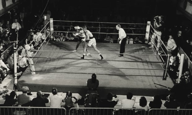theguardian.com - Larry Fink's black and white boxing photography - in pictures