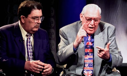 John Hume, left, with Ian Paisley in 1998.