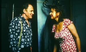Bruno Ganz and Licia Maglietta in Pane E Tulipani.
