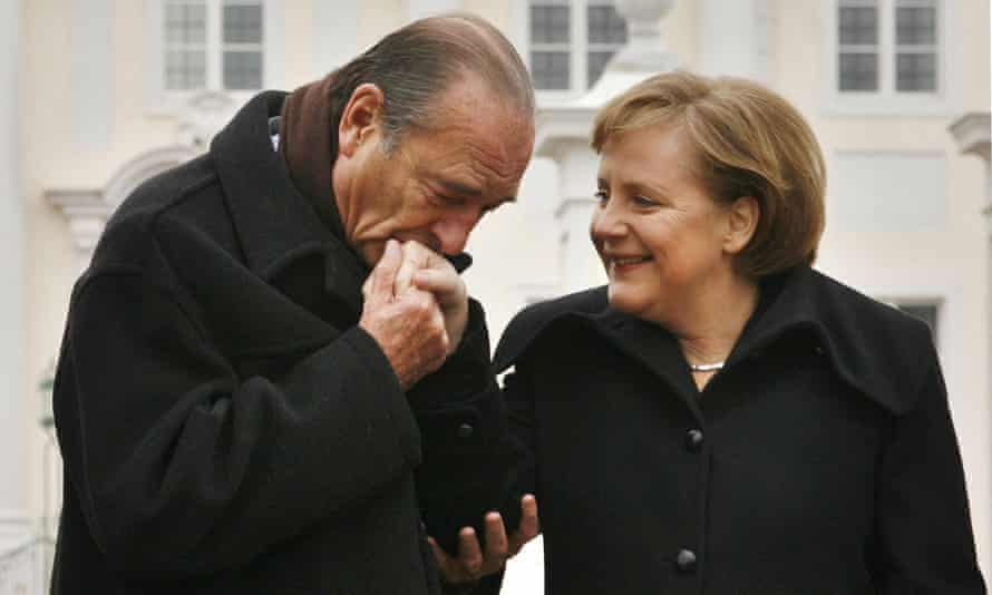 Chirac with Merkel after talks in Meseberg, February 2007.