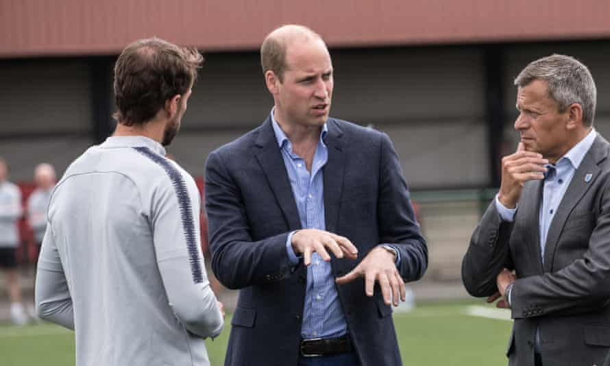 Martin Glenn, right, with Gareth Southgate and Prince William at England's base in Leeds.