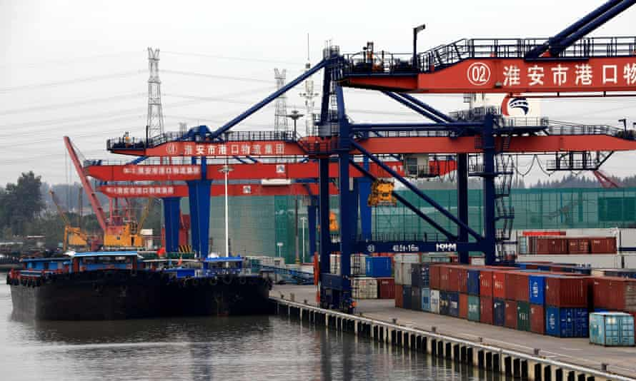 Chinese port and cargo