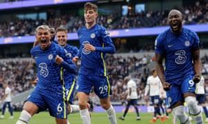 Thiago Silva celebrates scoring the first Chelsea goal.