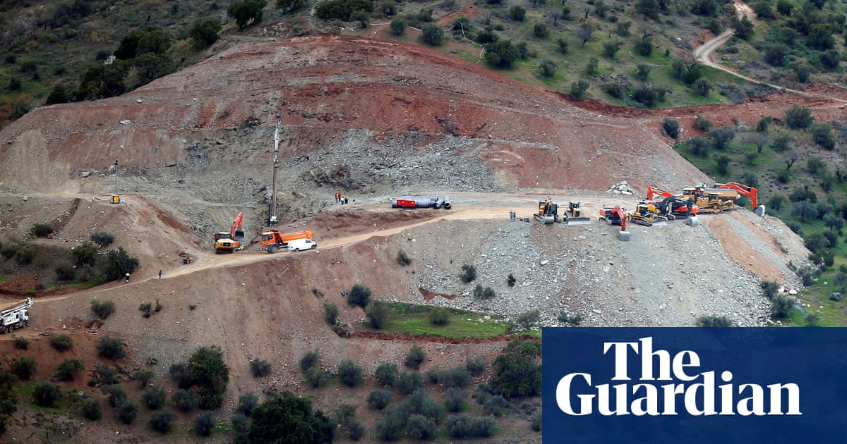 Spanish rescuers start drilling to reach boy trapped in well for six days