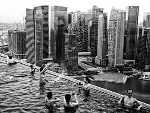 Robert Huberman, shortlisted: Cities. Infinity pool over Singapore.