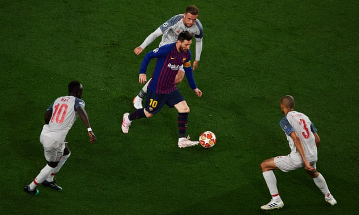 Klopp took a risk with his tactics at Barcelona – and Messi