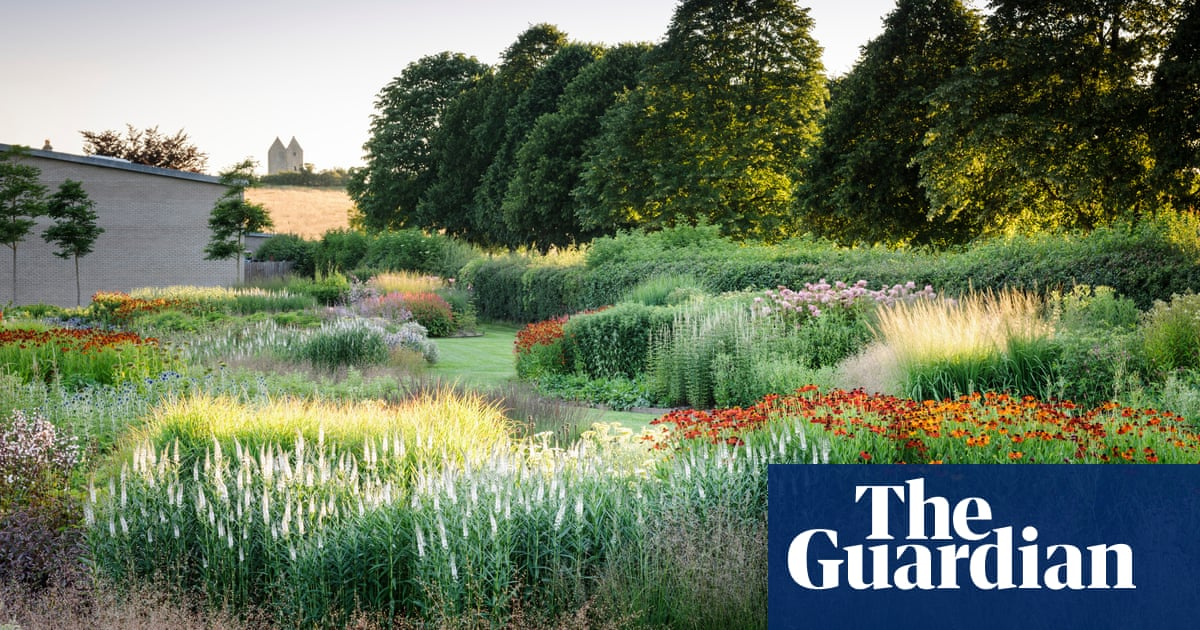 How Piet Oudolf S Gardens Tame The Wild Life And Style The