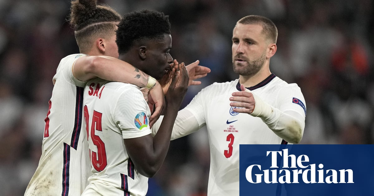 Four arrested over online racist abuse of England footballers