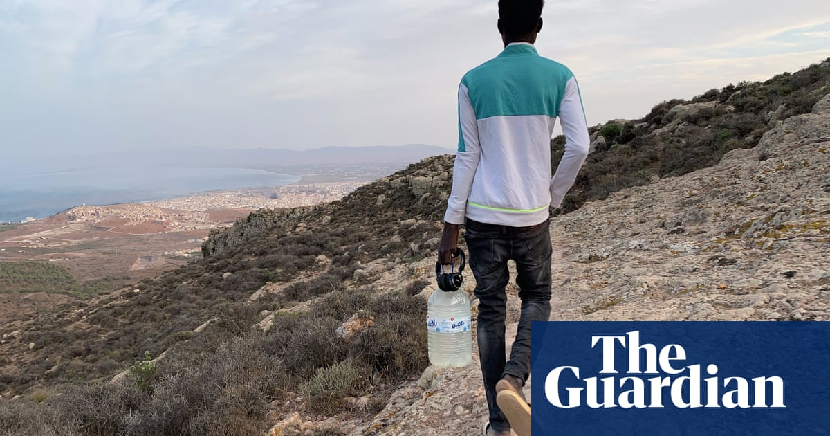 Moroccan police accused of burning migrant shelters near Spanish enclave