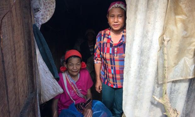 Residents of Padangshang.