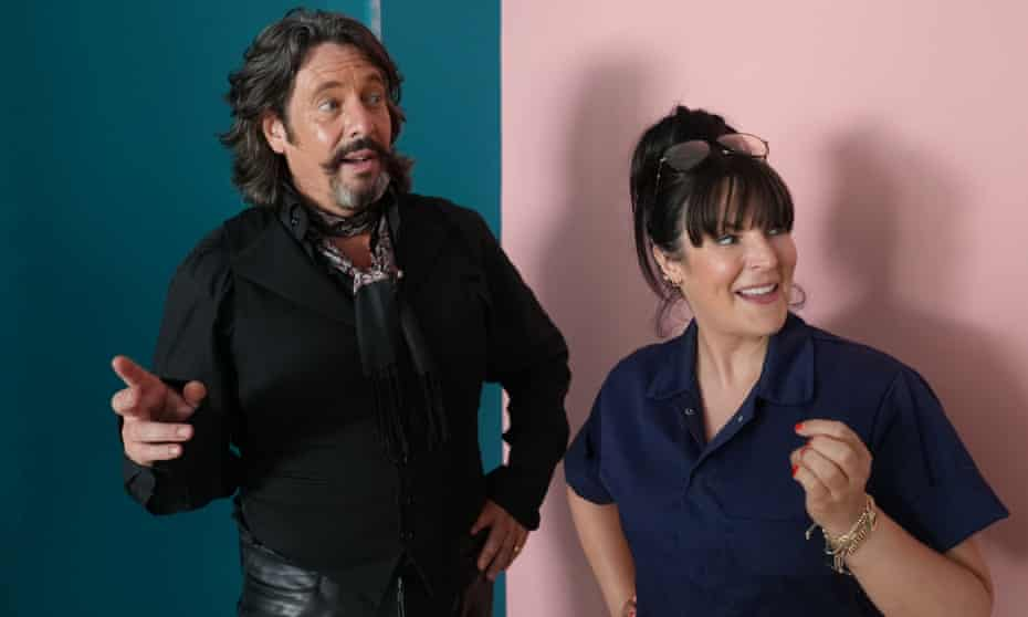 Laurence Llewelyn-Bowen and Anna Richardson in Changing Rooms.
