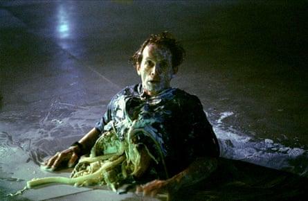 Henriksen in Aliens