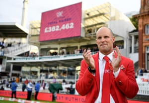 Andrew Strauss applauds as the final total raised for the Ruth Strauss Foundation is announced at stumps on day two.