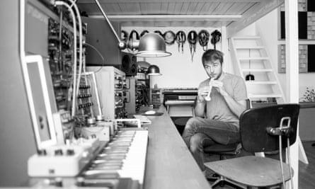 Frahm at Durton studio.