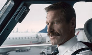 Aaron Eckhart as Jeff Skiles in Sully