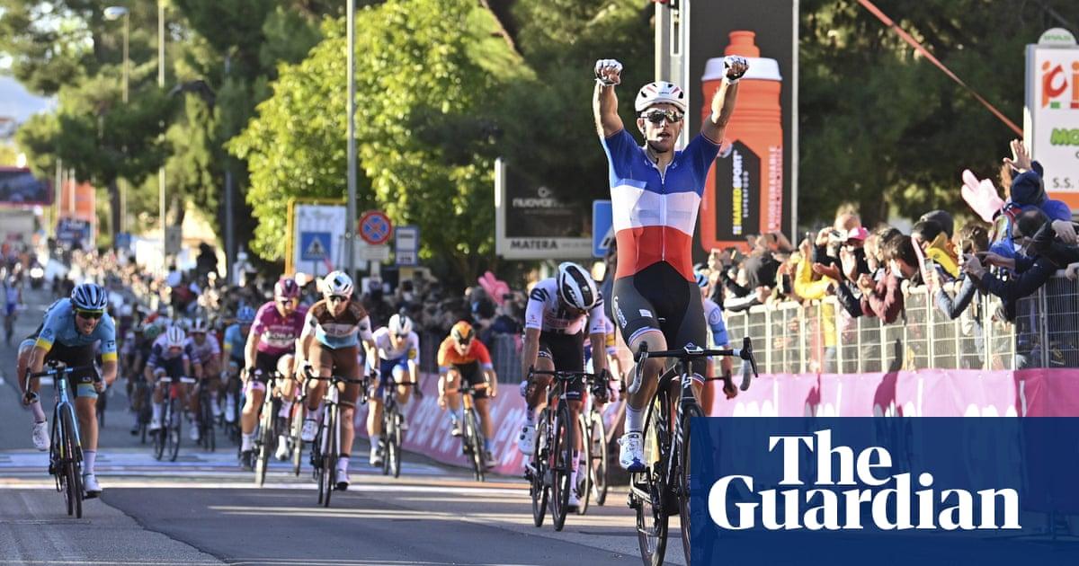Giro dItalia: Arnaud Démare powers to second stage win in sprint