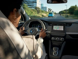 RENAULT ZOE (B10)E2 VERSION - RECYCLED FABRIC TRIM - EASY LINK ON 7-INCH SCREEN