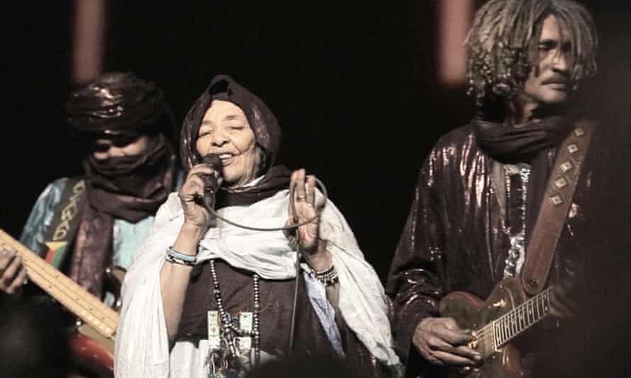 Band Tinariwen performing with singer Lalla Badi