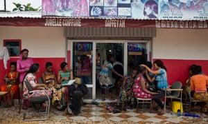 Jumelle Coiffure hair salon in Conakry, Guinea