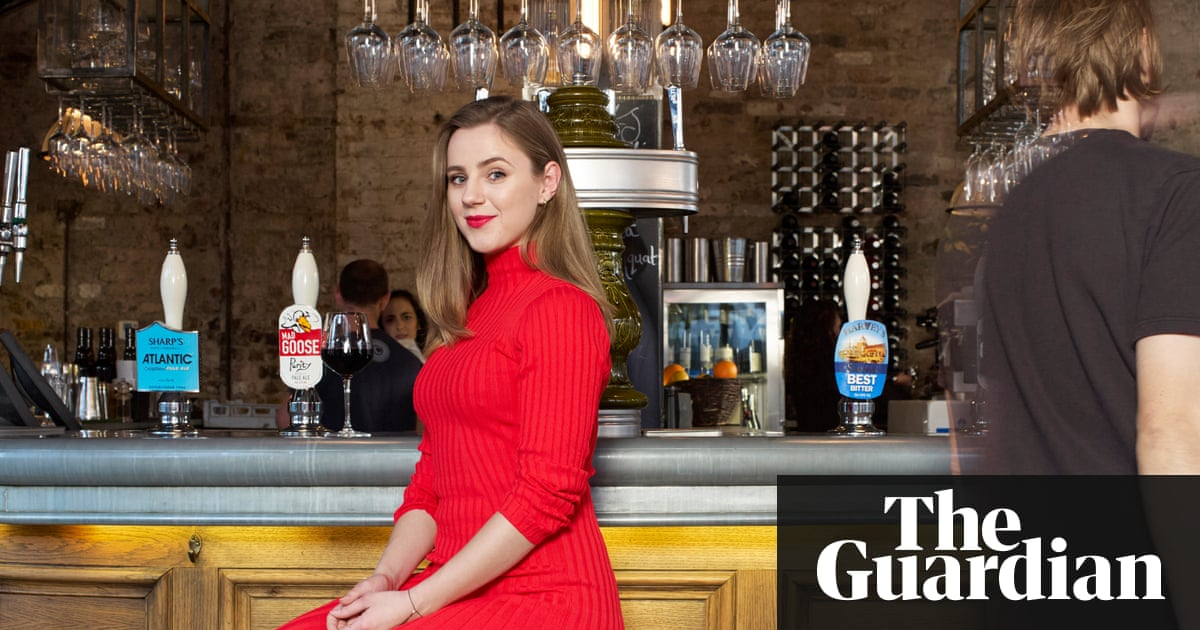 Hookups, sexting and unwanted threesomes: first-time dating in the age of  Tinder | Life and style | The Guardian