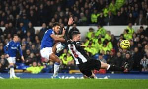 Dominic Calvert-Lewin slots in Everton's second.