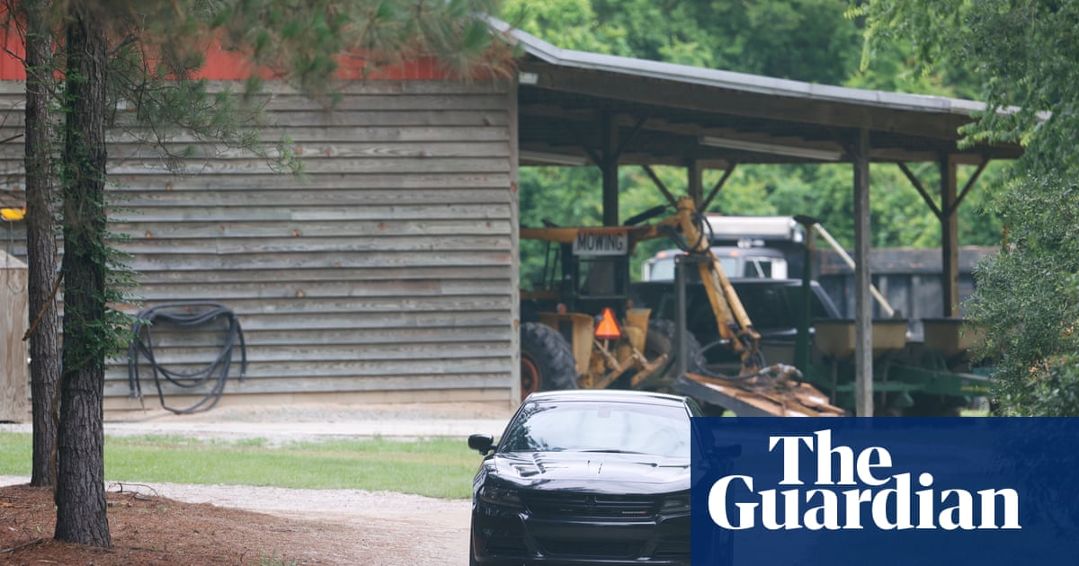 South Carolina lawyer, whose wife and son were shot dead, shot on rural road