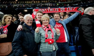 Family from Matthijs de Ligt celebrate Ajax's victory