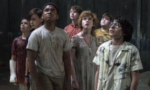 the cast of It, including Finn Wolfhard as Richie Tozier, right.