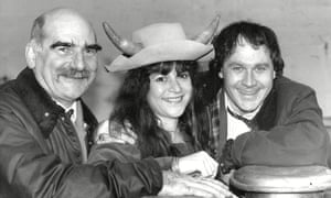 Edward Kelsey, left, in 1987 with Trevor Harrison and Rosalind Adams, as members of the Grundy family.
