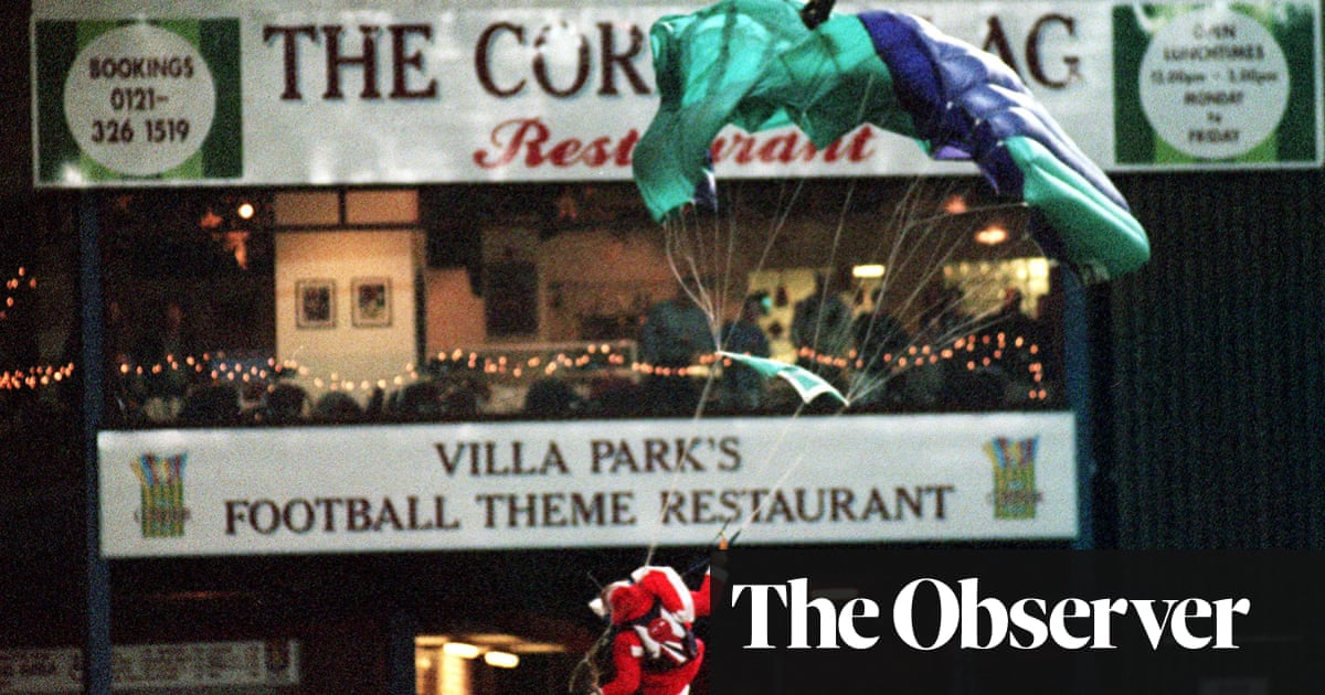 Villa Park's parachuting Santa is a festive story of hope to hold on to | Tanya Aldred