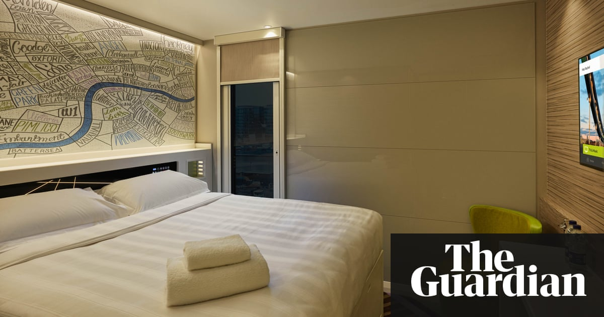Great bed and power shower: is this really a budget hotel ...