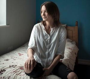 Lesley Honey in her hostel room