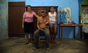 Juanito with his sister and granddaughter in the village of Takkbil'Ja, Yucatan