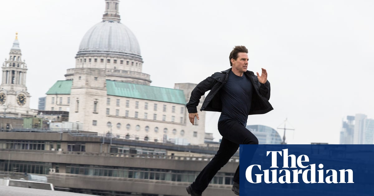 Top run: does Tom Cruise ban co-stars from sprinting alongside him on screen?