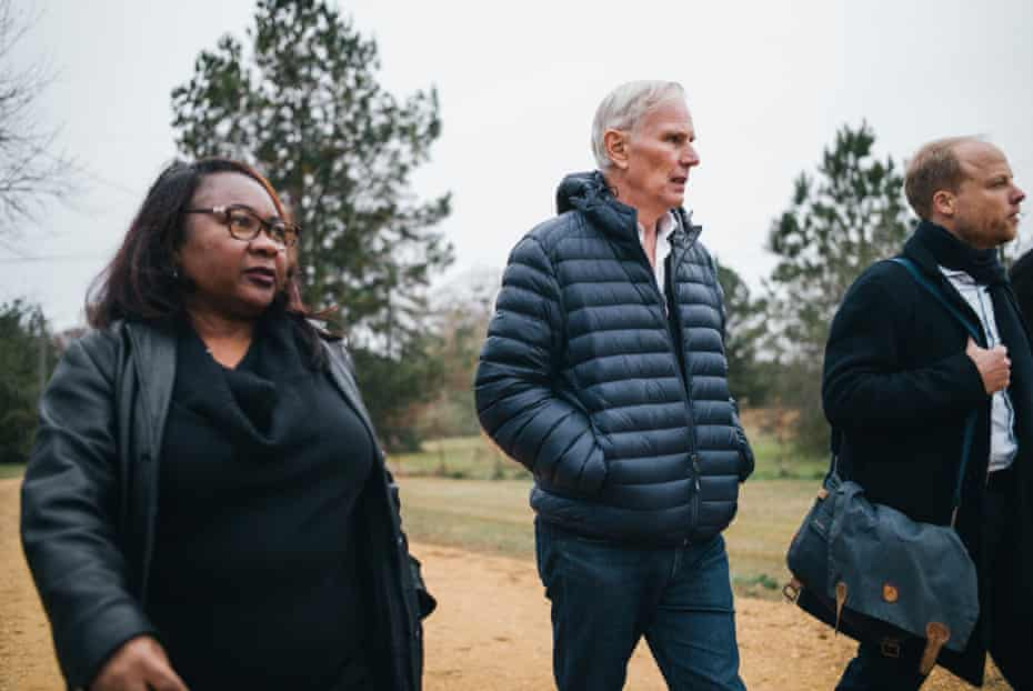Environmental justice advocate Catherine Flowers guides Philip Alston on a fact-finding mission about poverty and human rights in Alabama.
